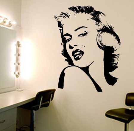 Marilyn Monroe wall decal